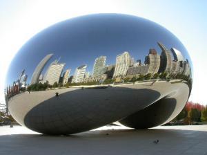 Chicago, Mirror Bean, in Millenium Park, windy city music
