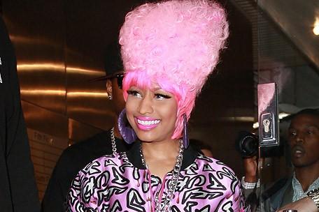 nicki minaj, pink hair