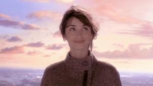 screenshot of penelope cruz from a scene in vanilla sky in which she looks beautiful, hot, sexy, cute