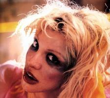 Courtney Love, rock and roll super villain