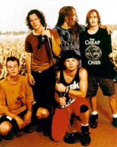 pearl jam, great band from the 90's