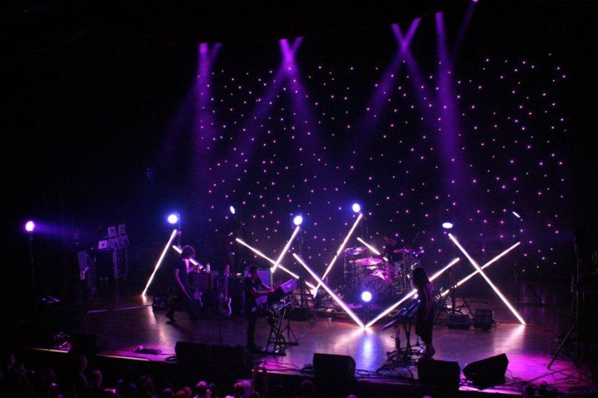 M83, Live, Show