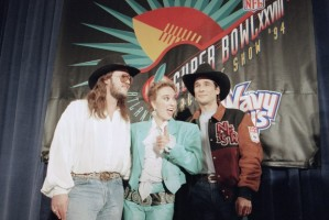 clint black tanya tucker travis tritt super bowl