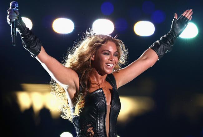 Beyonce, halftime, hot